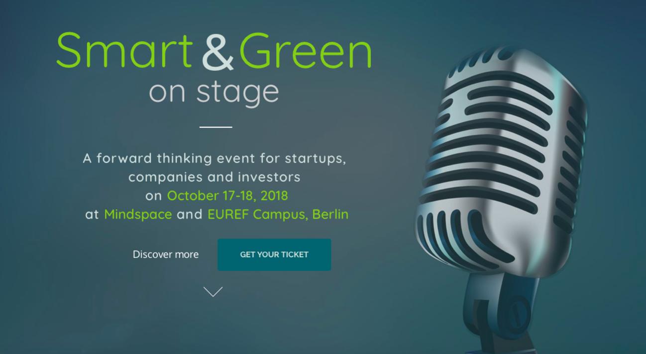 Text und Mikrofon auf grünem Untergrund